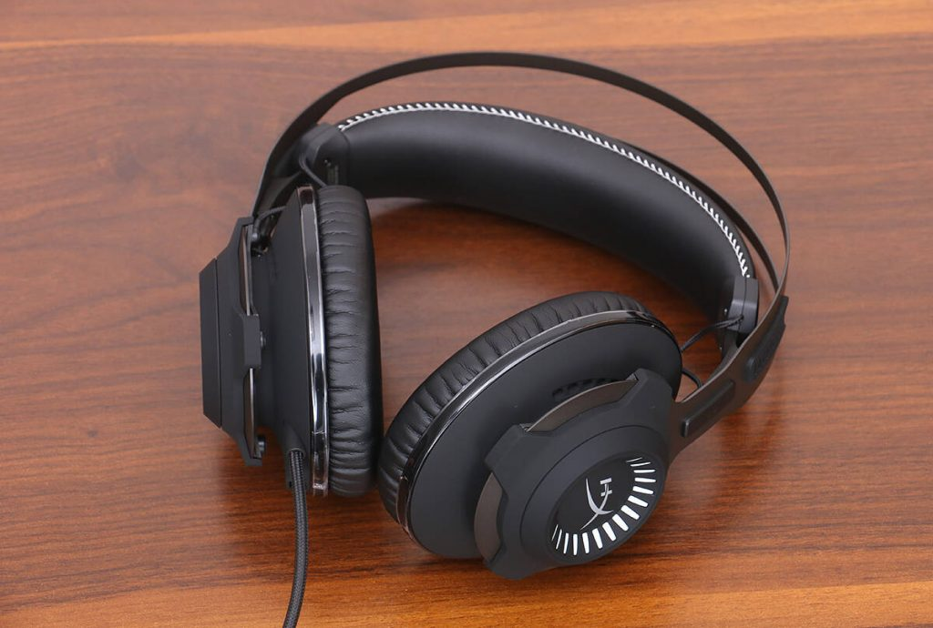 HyperX Cloud Revolver S Gaming Headset Appearance