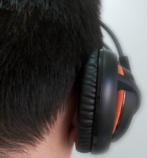 SteelSeries Siberia 200 Wearing Experience