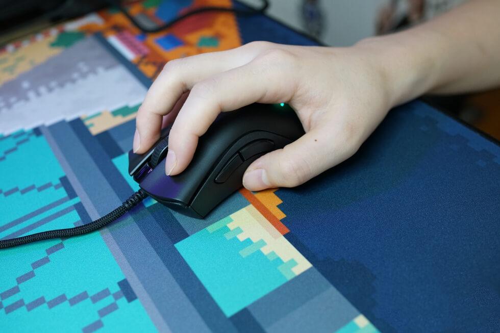 Razer DeathAdder V2 Mini Grip Experience