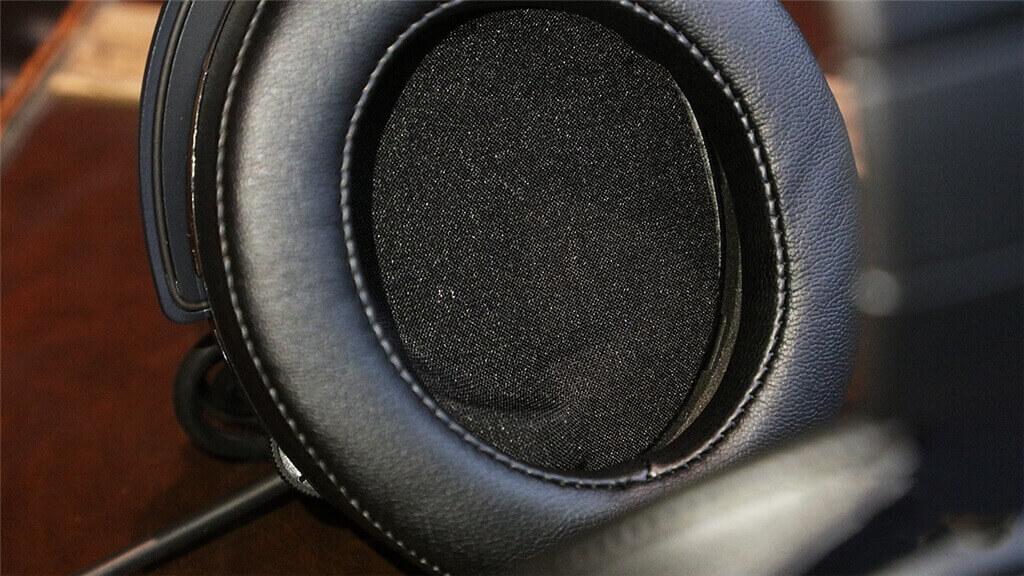 CORSAIR HS60 Earpads